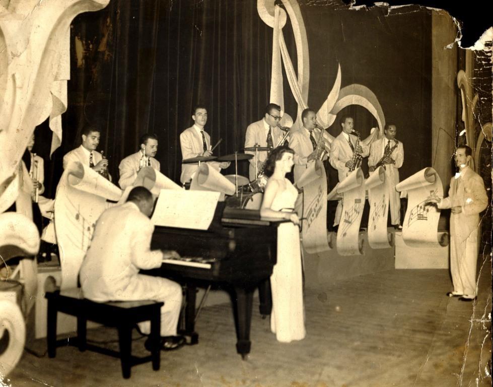 Bebo Valdés con la Orquesta de Armando Romeu